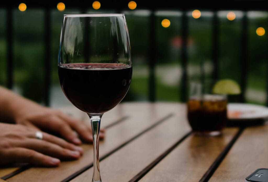 One alcoholic drink a day found to increase breast cancer risk