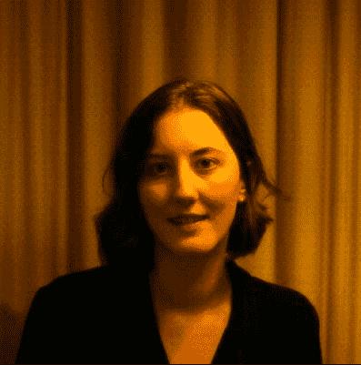 Dr Lotte Elton