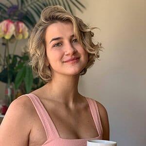 Meggie Gates - author at The Femedic